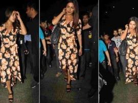 एयरपोर्ट पर कैमरे में कैद हुईं प्रियंका चोपड़ा