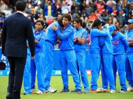 WWC 17: हार के बावजूद टीम इंडिया ने जीता दिल, देश भर से मिल रही है बधाई