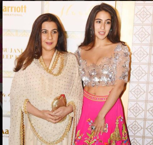 Sara Ali Khan Made The Spotlight Follow Her Looking Like This. See Pics