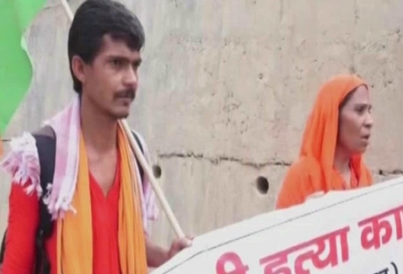 Aruna Tyagi on foot-march from Ghaziabad to Lucknow to meet CM Yogi Adityanath to demand justice for her brother who was murdered in May