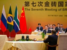 डोकलाम गतिरोध के बावजूद चीन ने ब्रिक्स सम्मेलन में 'ठोस सहयोग' की उम्मीद जतायी