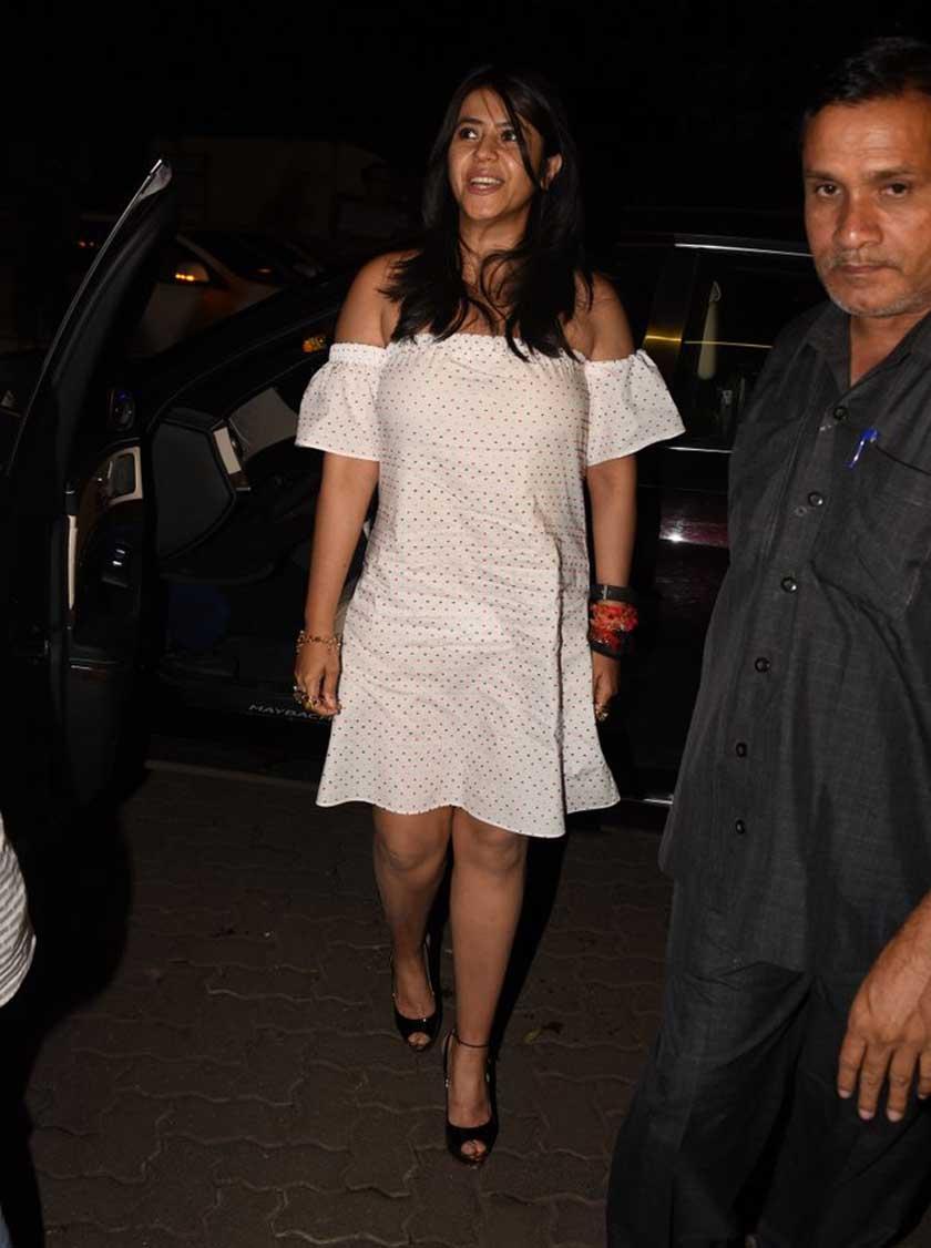 Shahrukh, Sushant, Kriti and many more at Rohini Iyer Birthday Bash