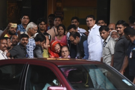 Dilip Kumar Discharged from the hospital after a week, See pics