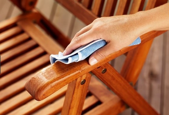 Tips To Care For Your Wooden Furniture During Monsoon