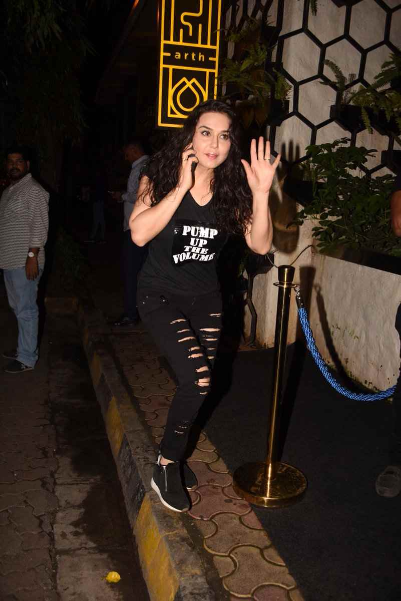 See the latest pictures preity zinta
