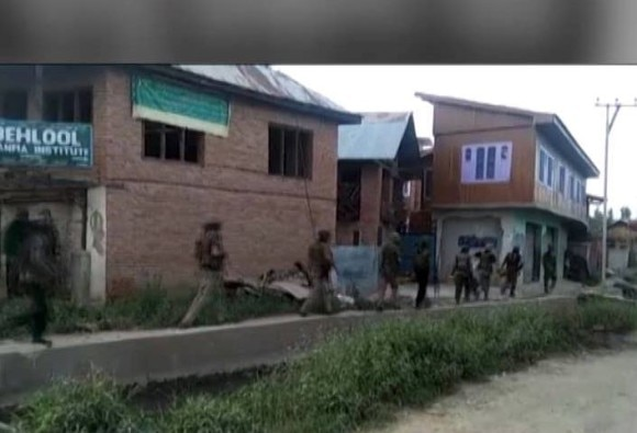 J&K: Three Army soldiers have lost their lives in encounter in Shopian and poonch, operations continue in bandipura