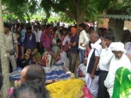 अनुप्रिया की पार्टी अपना दल की मंडल अध्यक्ष संतोषी वर्मा और उनके पति की हत्या