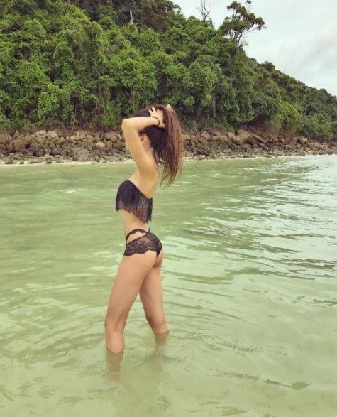 Chunky Panday's niece Alanna Panday is BREAKING THE INTERNET with her HOT BIKINI CLICKS on the beach!