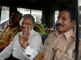 मालेगांव ब्लास्ट: नौ साल बाद जेल से बाहर आए कर्नल पुरोहित, अभी सेना की कस्टडी में रहेंगे