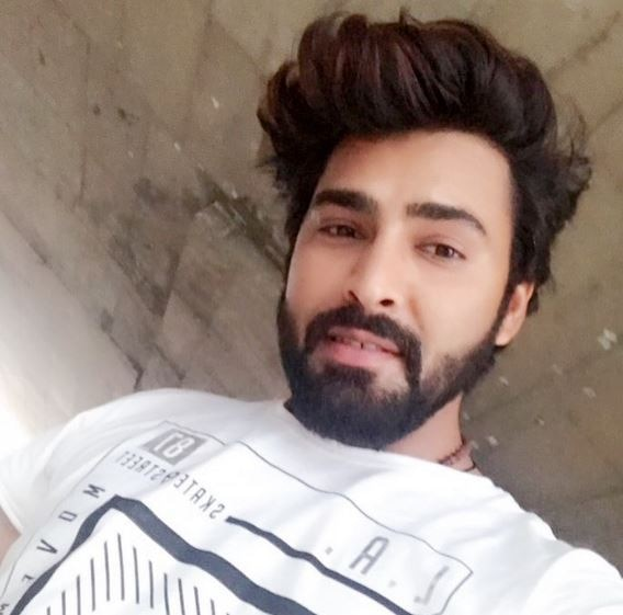 Most Popular Latest Beard Style in bollywood