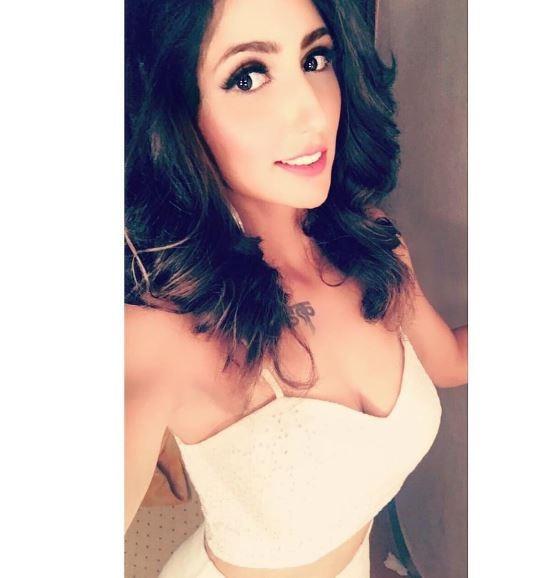 'Bigg Boss 10' fame Aakanksha Sharma latest photoshoot