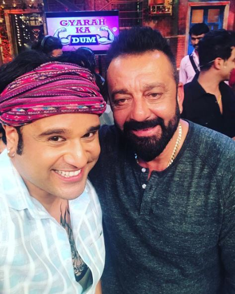 Sanjay Dutt makes Sanket Bhosale teary-eyed on the set of drama company