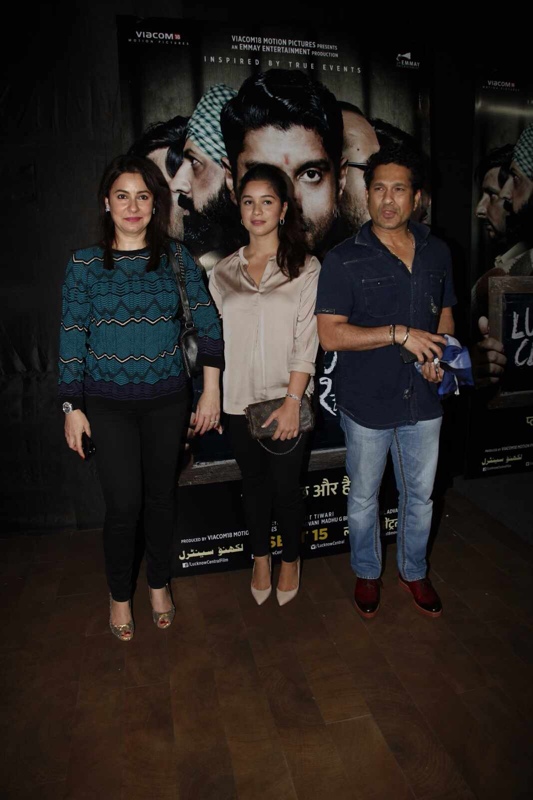 Sachin attends the premiere of Lucknow central's screening with wife and daughter