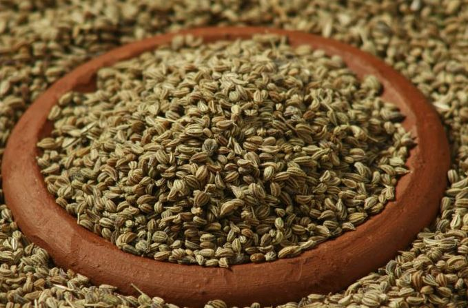 Different Ways You Can Use Carom Seeds (Ajwain) For Weight Loss