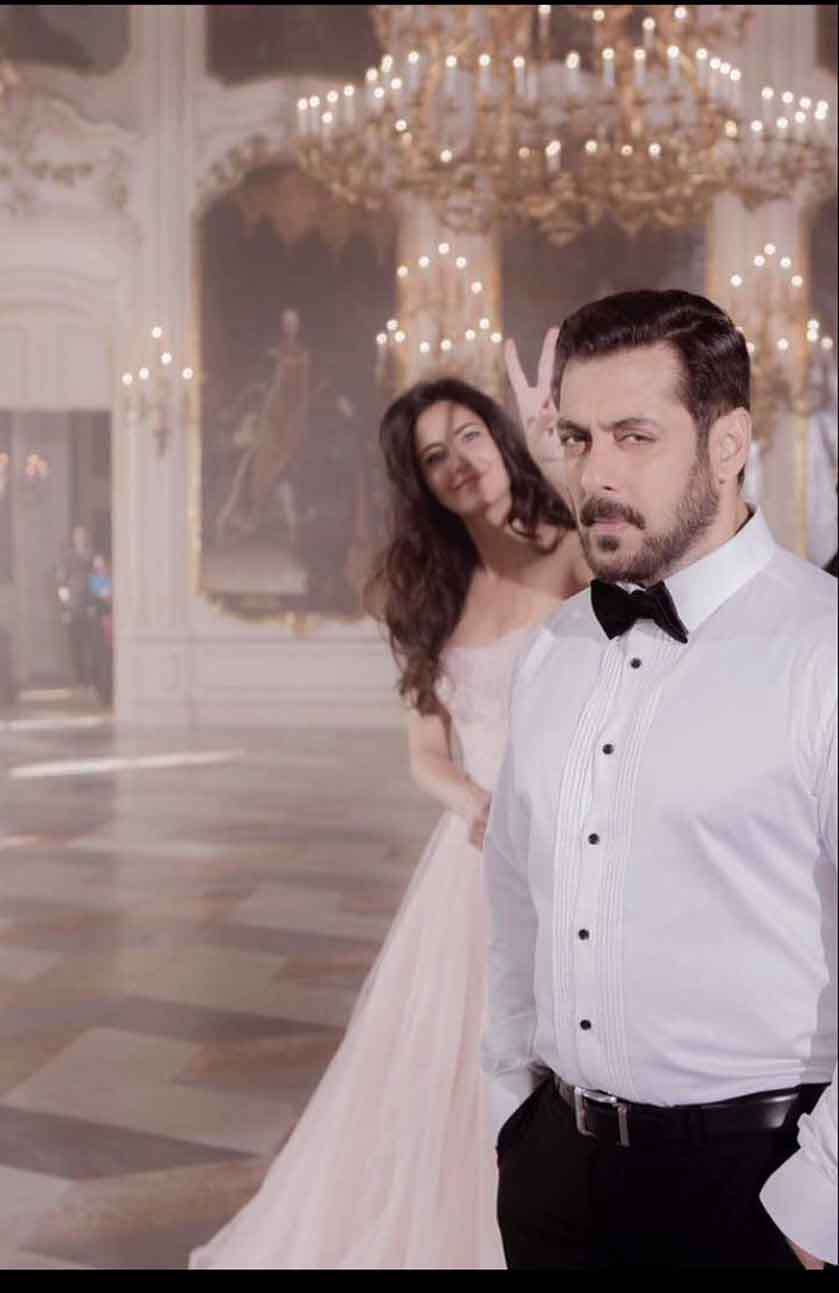 Salman Khan has his eyes only for Katrina Kaif and this picture is proof