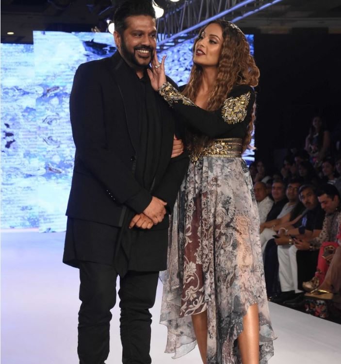 Bipasha Basu pictures from Bombay Times Fashion Week 2017