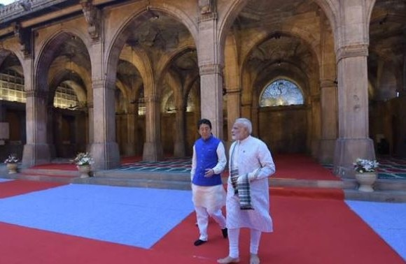 Namaz was not delayed due to PM Modi's visit to Sidi Saiyyed Mosque with Japanese PM