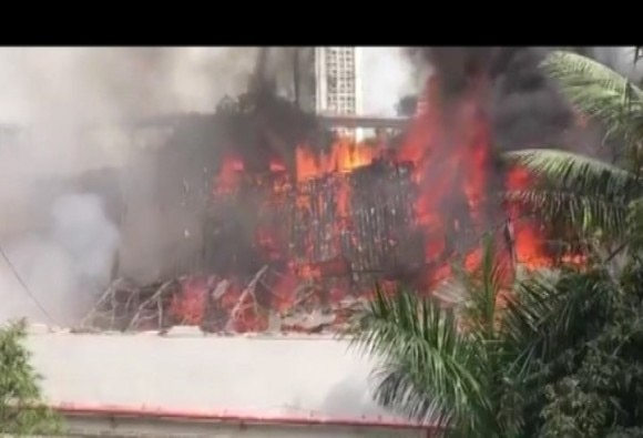 Fire breaks out at popular RK Studio on Mumbai