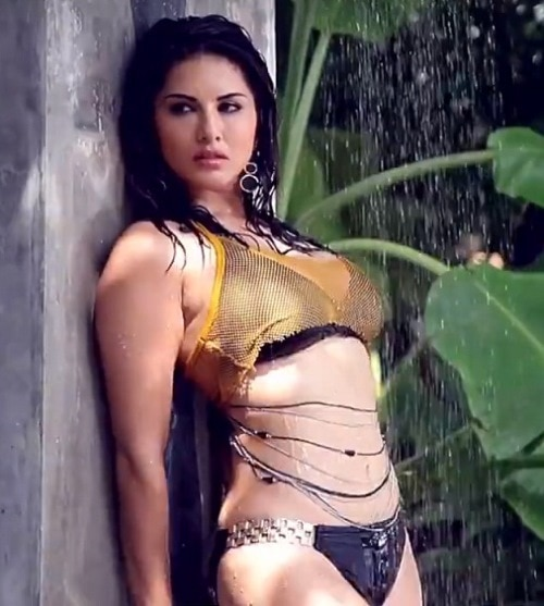 Condom ad of sunny leone creates controversy in Gujarat