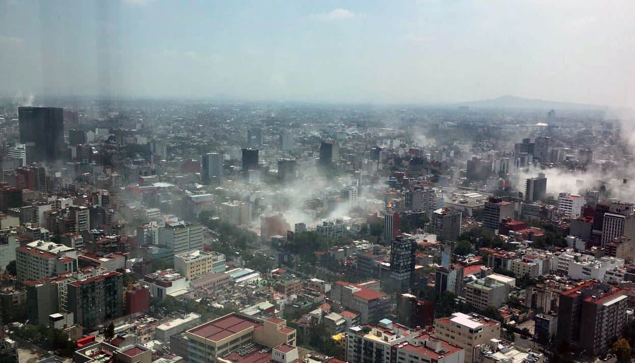 Pictures of Powerful Earthquake in Mexico city
