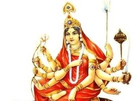 नवरात्र के तीसरे दिन करें मां चंद्रघंटा की आराधना, करेंगी मुसीबतों में आपकी रक्षा!