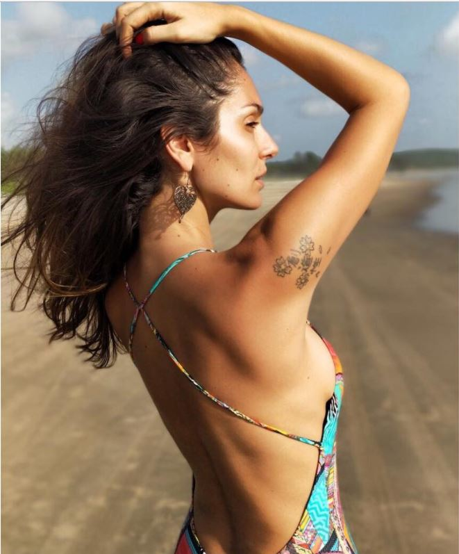 see the latest pictures of bruna abdullah