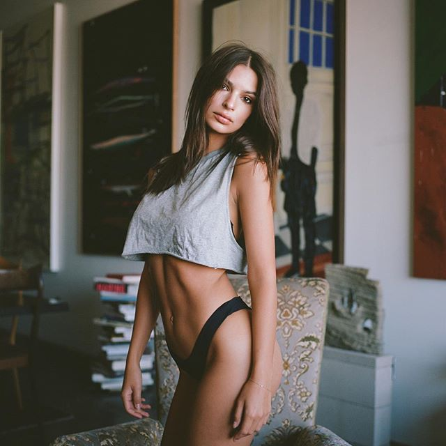 See the latest pictures of Emily Ratajkowski