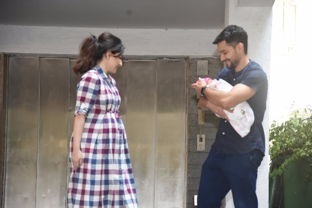 Soha Ali Khan and Kunal Kemmu with their newly born baby girl