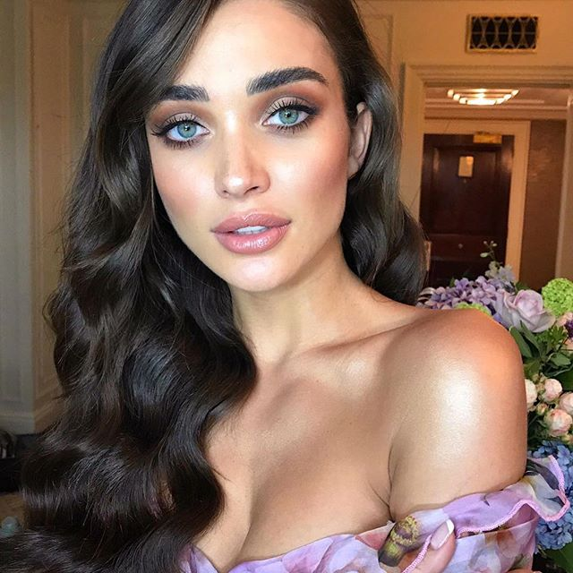 See the latest pictures of Amy Jackson