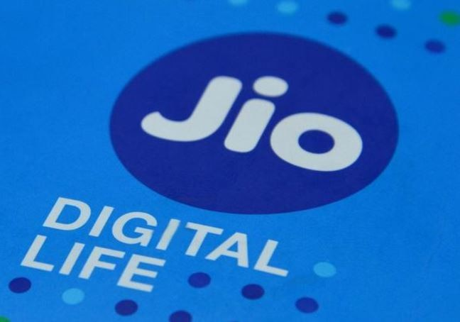 Reliance Jio offers royalty programme for LYF C Series budget smartphones, Slashed price