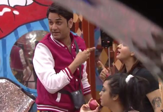 Bigg Boss 11 day 8 episode written update : first love story of the session