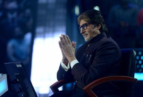 Amitabh Bachchan shares special message for fans on his 75th birthday
