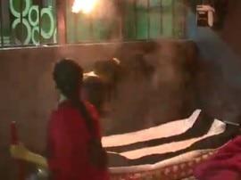 Bigg Boss 11, Day 12: काल कोठरी में सपना चौधरी ने अर्शी खान का किया बुरा हाल