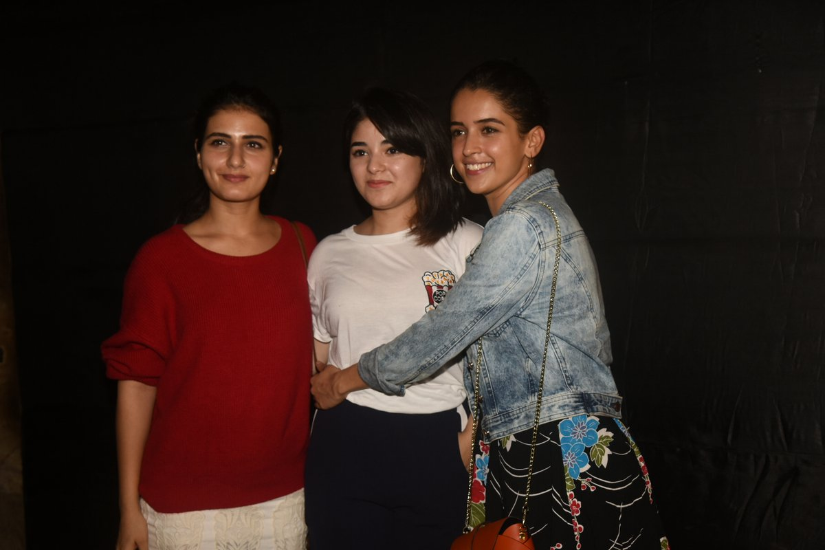 'Dangal' stars Fatima sana sheikh, sanya malhotra and many celebs attends 'Secret superstar' sreening