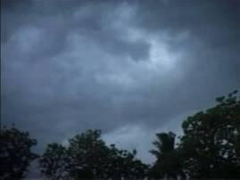 মৌসুমী অক্ষরেখা পশ্চিমাঞ্চলে সরে যাওয়ায় আপাতত বৃষ্টি থেকে রেহাই উত্তরবঙ্গের, ভারী বৃষ্টির পূর্বাভাস দক্ষিণবঙ্গে