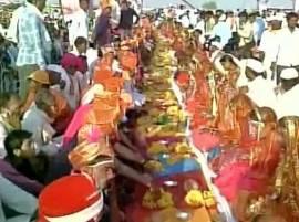 মদ্যপ স্বামীকে মারার অস্ত্র, গণবিবাহে মুগুর উপহার মধ্যপ্রদেশের মন্ত্রীর