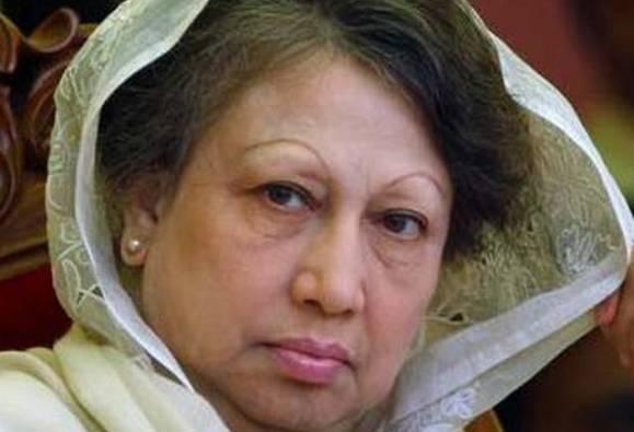 ২০১৫ সালের মামলায় খালেদা জিয়ার বিরুদ্ধে গ্রেফতারি পরোয়ানা জারি বাংলাদেশ আদালতের