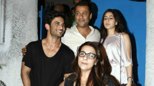 582483-sushant-singh-rajput-spotted-with-sara-ali-khan-in-mumbai
