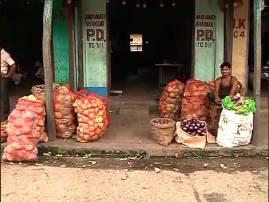 বন্যায় জলমগ্ন ক্ষেত, দক্ষিণবঙ্গ থেকে স্তব্ধ সরবরাহ, উত্তরবঙ্গের ফল-সব্জির পাইকারি বাজারে আগুন