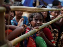 আন্তর্জাতিক চাপে বাংলাদেশের সঙ্গে চুক্তি, রোহিঙ্গাদের ফিরিয়ে নিচ্ছে মায়ানমার