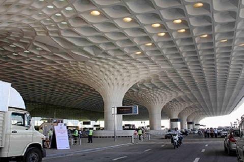 मुंबई विमानतळावर दहशतवादी हल्ल्याचं पत्र सापडल्यानं खळबळ