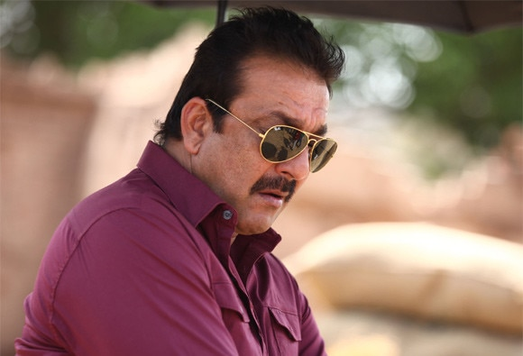 Arrest warrant issued against actor sanjay dutt