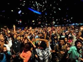 भारतासह जगभरात नववर्षाच्या स्वागताचा उत्साह