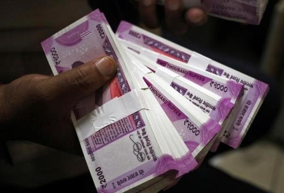 acb caught mhada officer for taking bribe of 50 thousand latest update