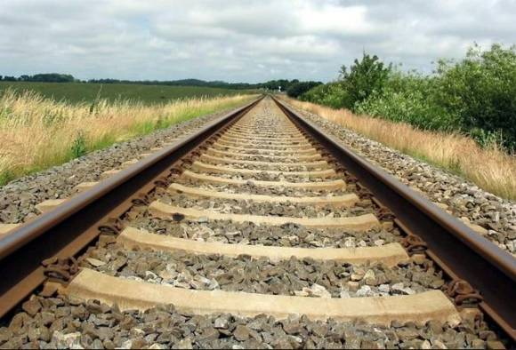 भिकाऱ्यांच्या वेशात रेल्वे रुळांवर हल्ल्याचा डाव, अलर्ट जारी