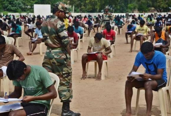 सैन्यभरतीचा पेपर लीक, 18 जणांसह 350 विद्यार्थी अटकेत