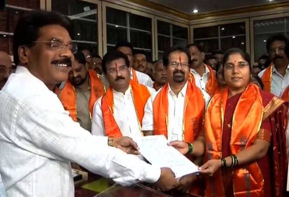 Vishwanath Mahadeshwar is shivsena mayor candidate