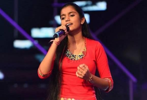 गायिका नाहिद आफरीनविरोधात 46 आसामी मुल्लांचा फतवा