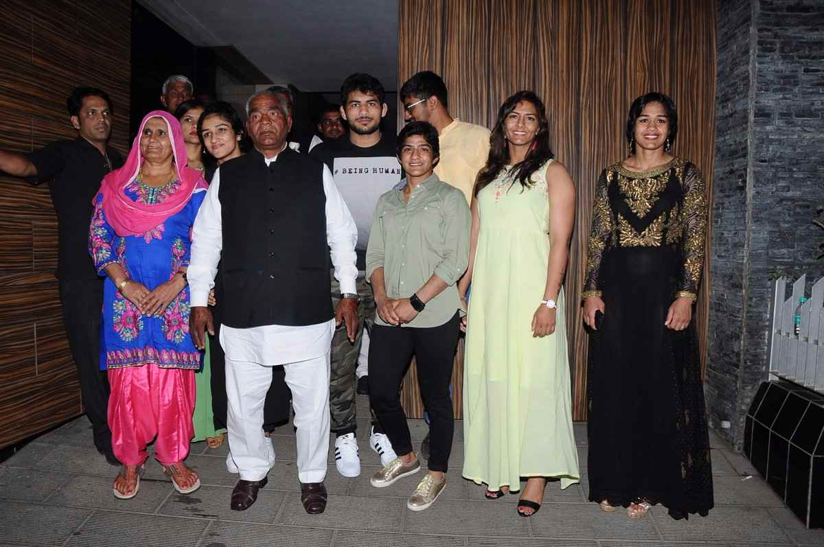 Phogat family 4
