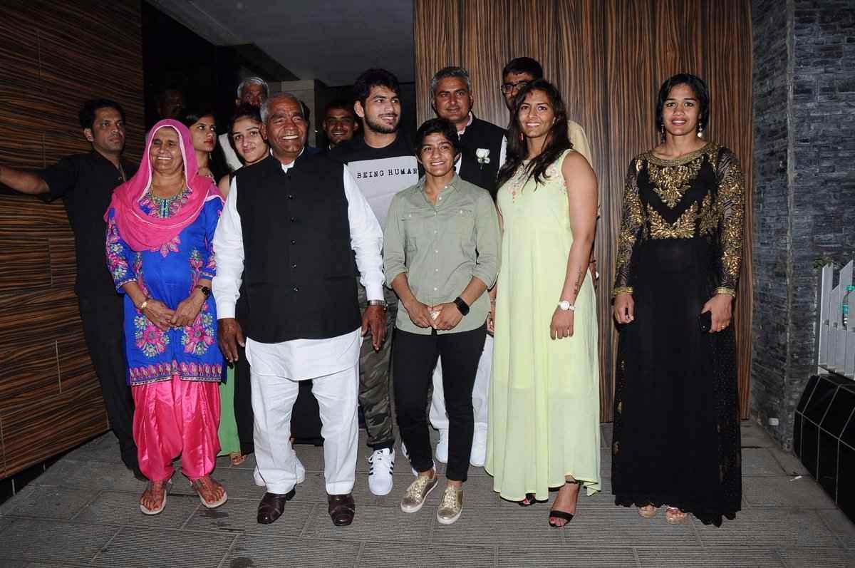 Phogat family 8